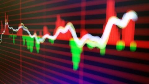 上海股市下跌4.4% 罕见的卖出报告