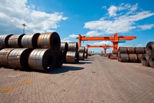 钢铁和汽车公司在美国投资大吗