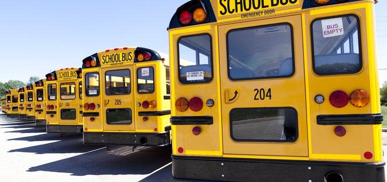 零排放的校车是否足够有效还要付出代价