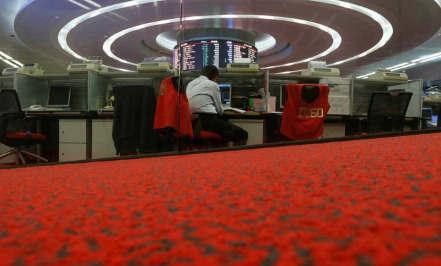 中国香港公司克林顿的救济抵消了
