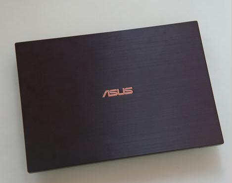 win7玩游戏画面不流畅,三星用更大的电池更新了其笔记本电脑9超极本