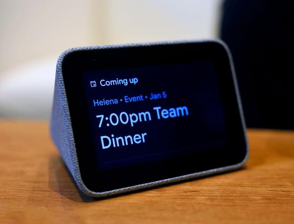 可以��Lenovo Smart Clock�D�Q�榫哂凶钚赂�新的�荡a相框