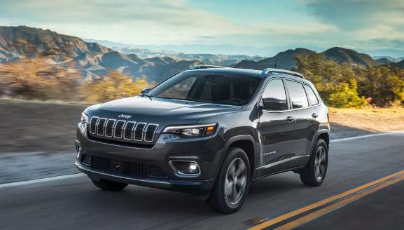 2019年Jeep Cherokee获得了Top Safety Pick 但选择了正确的前灯