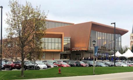 冈萨加大学默特尔·沃尔德森表演艺术中心开幕