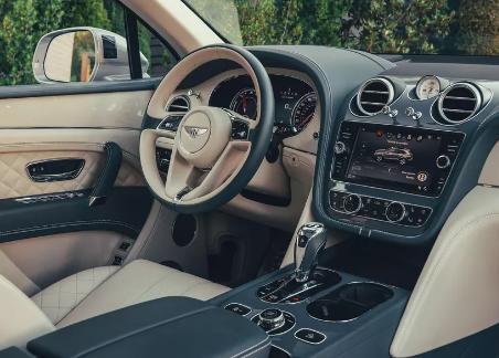 2020年Bentley Bentayga Hybrid首次驾驶回顾:一个豪华的插件