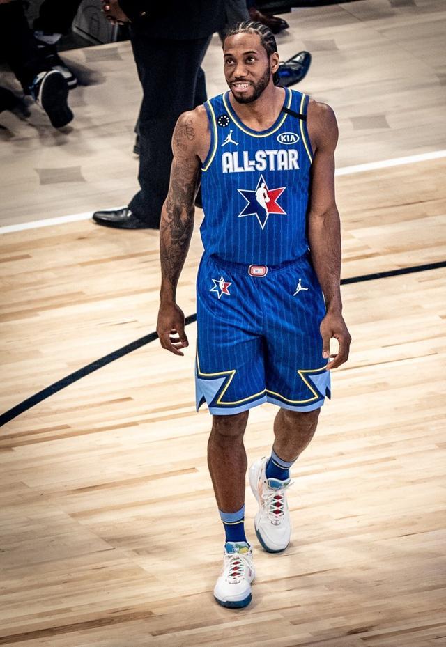 伦纳德全明星MVP 成为第一位获得科比MVP奖的球员