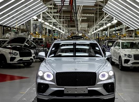 新款宾利添越已在英国克鲁工厂开始生产