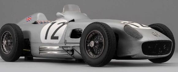 阿马尔加姆首次亮相斯特林莫斯爵士的梅赛德斯GP赛车的风化模型