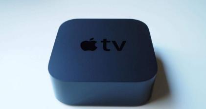 据报道带有FaceTime摄像头和Siri扬声器的苹果电视开发中