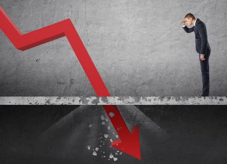 为什么RealReal股票开盘暴跌26%