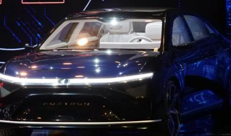 富士康发布三款新电动汽车原型